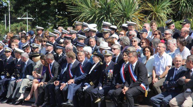 Près de 300 personnes ont assisté samedi 14 juillet 2018 au défilé de Cherbourg.